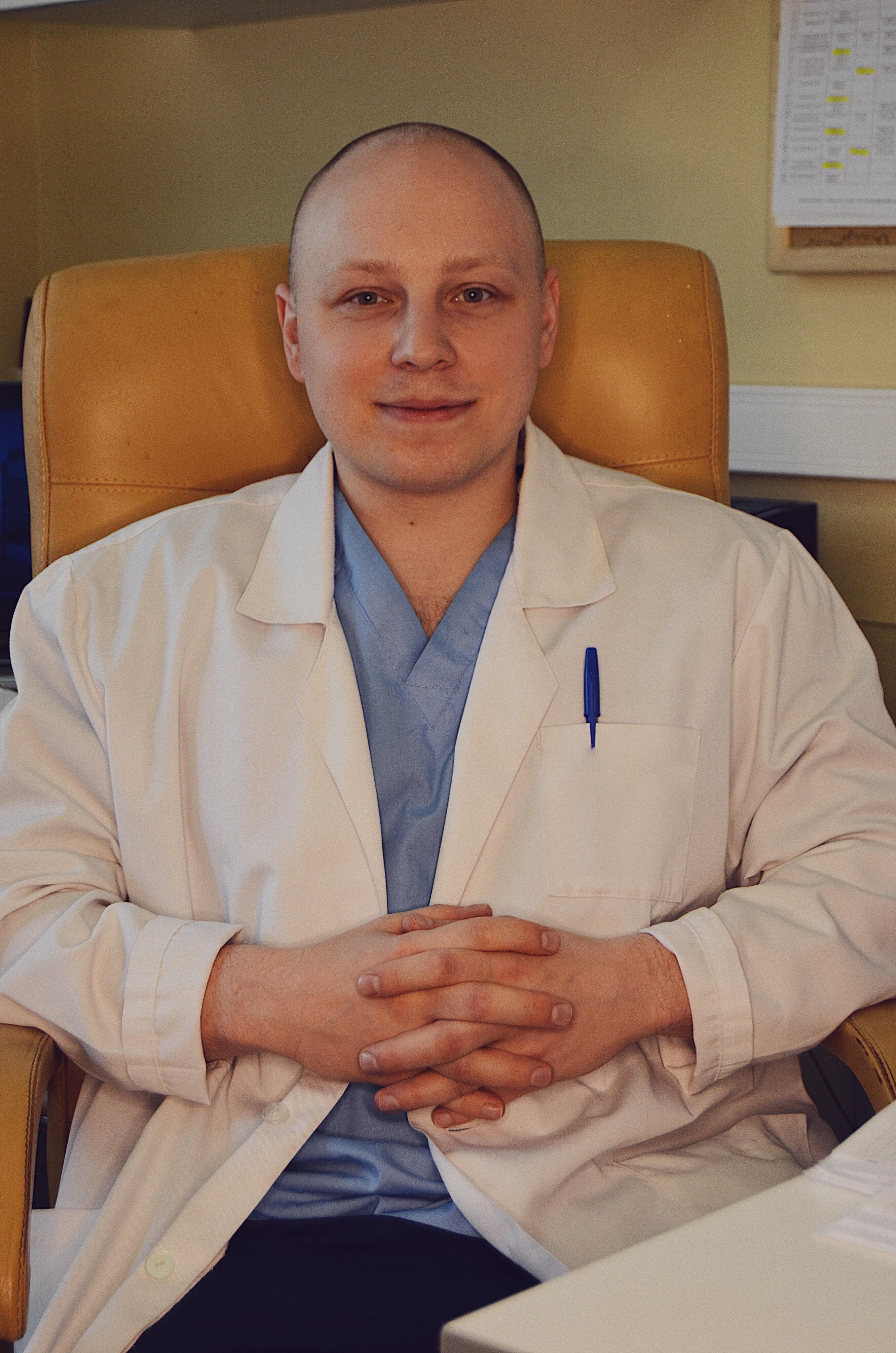 Леонов Олег Александрович